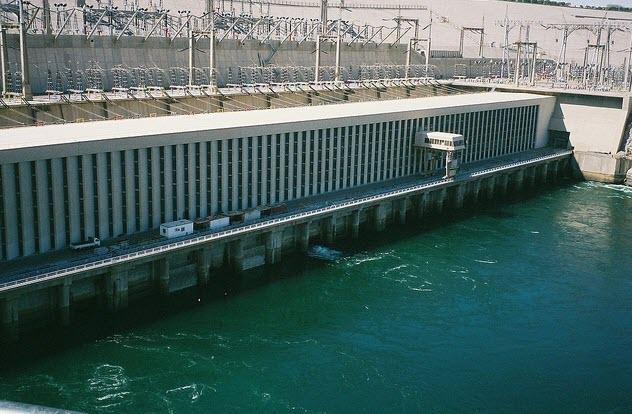 السد العالي The High Dam
