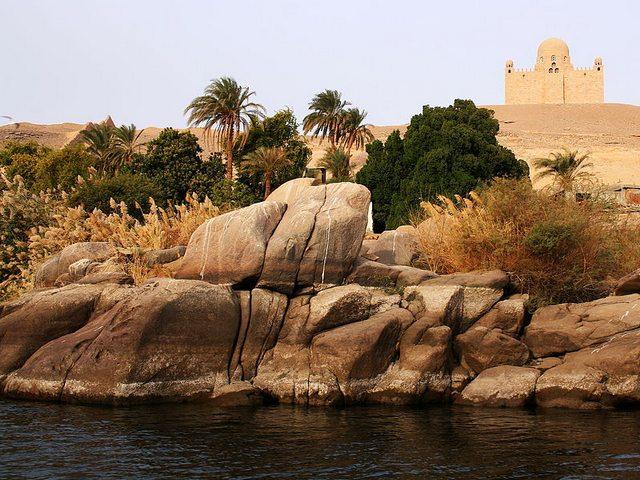 ضريحآغا خان أسوان Aga Khan Mausoleum