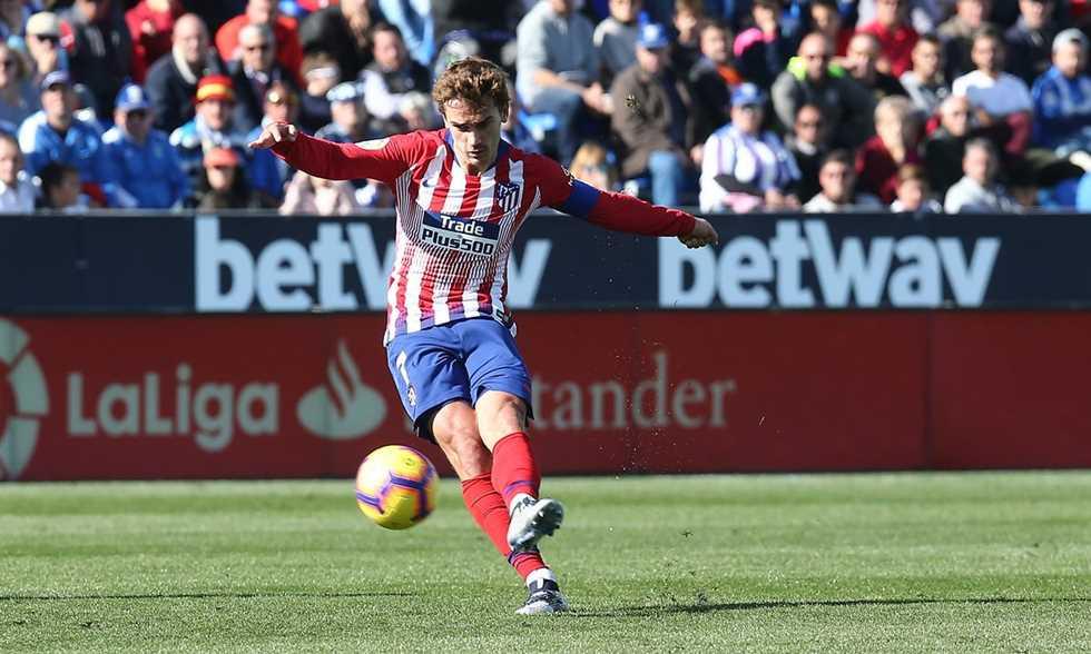 أنطوان جريزمان يقود أتليتكو مدريد للتعادل مع ليجانيس