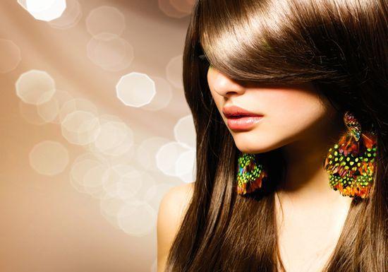 ماء الأكسجين وكيفية إستخدامه فى تفتيح لون الشعر