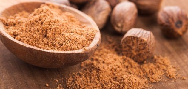 فوائد و أضرار جوزة الطيب Nutmeg